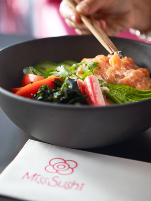 Poke de salmón noruego de Miss Sushi