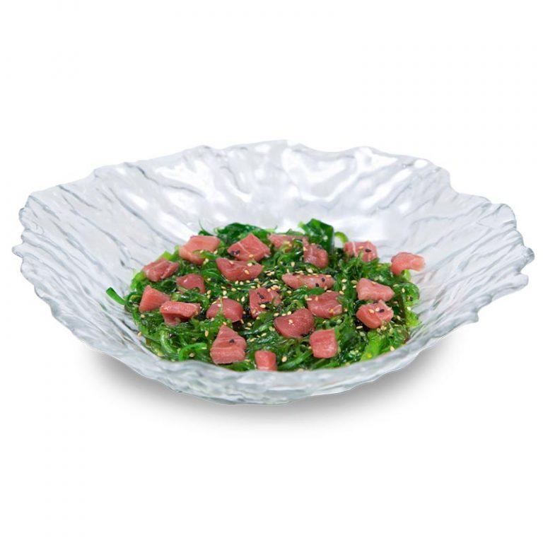 Un plato de wakame con atún rojo de almadraba,de Miss Sushi